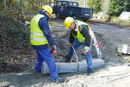 Manual Kerb Lifter Hire - FAST delivery
